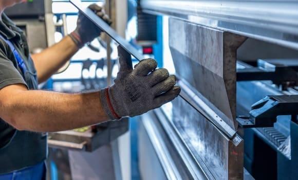 BHP w małej firmie – wszystkie obowiązki pracodawcy