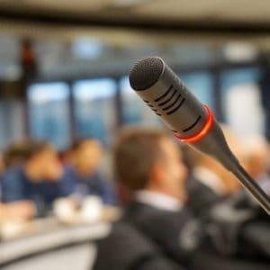 Szkolenia BHP – dla kogo, jak często i jakie kary za brak aktualnych szkoleń?